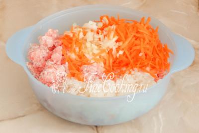 Шаг 6. Готовим начинку для голубцов с пекинской капустой