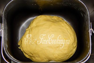 Шаг 5. Вставляем контейнер в хлебопечку и выбираем режим Французский хлеб - время 3 часа 50 минут
