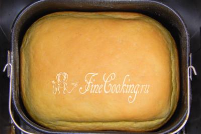 Шаг 6. Спустя 3 часа 50 минут хлебопечки издаст сигнал о готовности кукурузного хлебушка