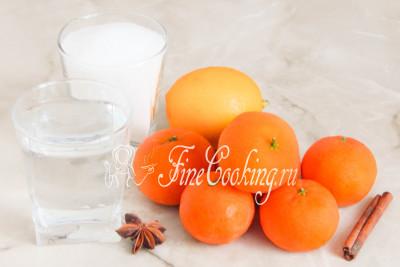 Шаг 1. Для приготовления этого простого, вкусного и ароматного десерта нам понадобятся свежие мандарины, сахарный песок и вода