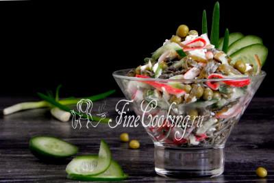 Шаг 10. Нам этот простой, свежий, сочный и вкусный салатик, который готовится за 15 минут, очень нравится
