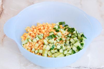 Салат из морской капусты и кукурузы рецепт с очень вкусный