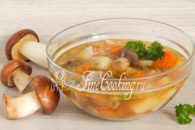 Грибной суп из замороженных грибов с мясом