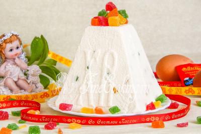 Шаг 10. Украшаем наше творожное лакомство разноцветными цукатами (или теми добавками, которые выберете вы) - получилось вкусно, красиво и полезно