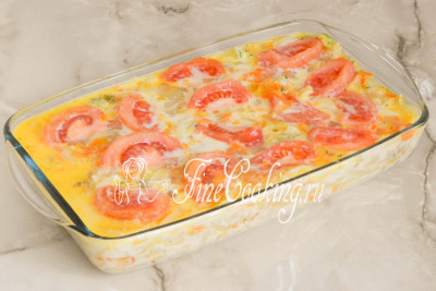 Шаг 15. Заливаем овощи яично-молочной смесью
