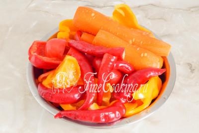 Все овощи нужно подготовить: тщательно помыть и обсушить