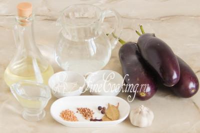 Для приготовления этой простой, но очень вкусной овощной заготовки на зиму нам понадобятся следующие продукты: баклажаны, рафинированное растительное масло и чеснок