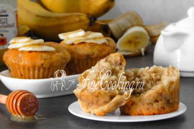 Готовые банановые кексы получаются очень нежными, мягкими и ароматными, при этом делаются проще простого