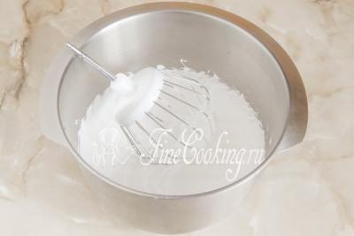 Масляно белковый крем для украшения торта