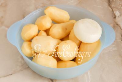 Займемся тестом для картофельных драников