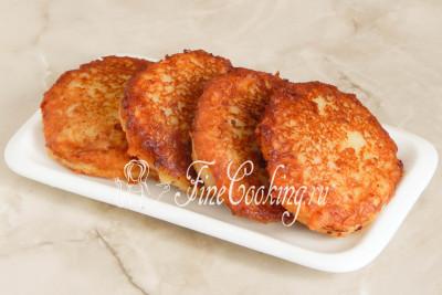 Аппетитные, румяные картофельные драники готовы