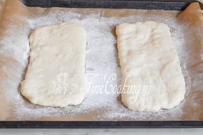 Оставляем заготовки для будущего хлебушка отдыхать в тепле 1 час