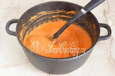 Снимаем кастрюлю с плиты, пробуем результат на вкус