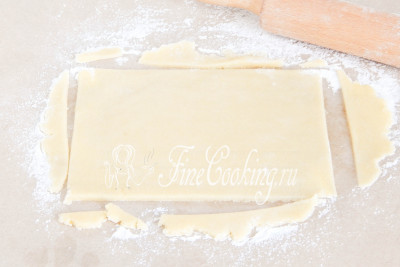 Теперь самое долгое и кропотливое - формовка печенья