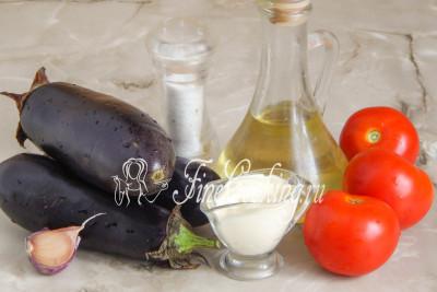 В рецепт этой холодной закуски входят следующие составляющие: баклажаны, помидоры, свежий чеснок, майонез (у меня домашний Провансаль), рафинированное растительное масло (я всегда жарю на подсолнечном) и соль