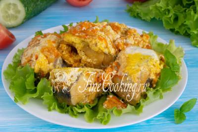 Нежная, ароматная рыбка с сочными овощами под сметанным соусом готова