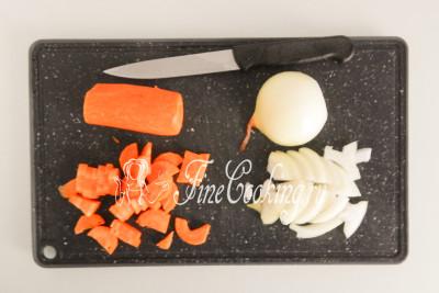 Тем временем подготовим овощи
