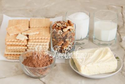Для приготовления сладкой шоколадной колбасы нам понадобится любое песочное печенье, сливочное масло, молоко (любой жирности), сахарный песок, несладкий какао-порошок, а также орехи