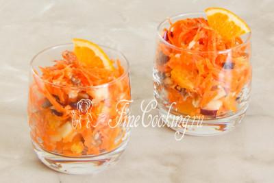 Подаем сразу после приготовления, присыпав каждую порцию щепоткой корицы и украсив ломтиком апельсина
