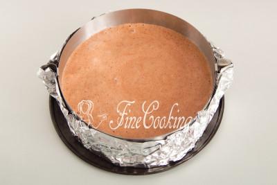 Для выпечки генуэзского шоколадного бисквита понадобится форма (диаметром 20-24 см)