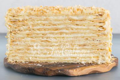 Обещанный разрез торта Наполеон, который я сделала буквально несколько минут назад