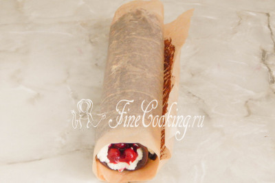 Торт Рождественское полено - рецепт с фото