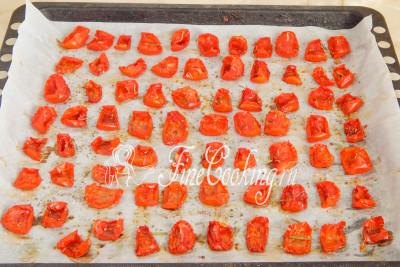 Теперь домашние вяленые помидоры готовы