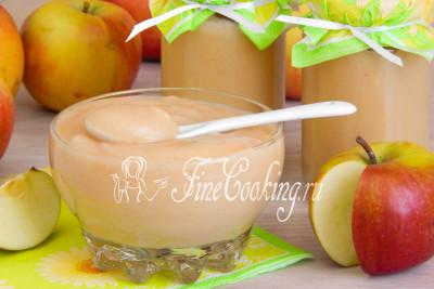 Яблочное пюре Неженка на 100% оправдывает свое название: оно необыкновенно нежное, гладкое, в меру сладкое