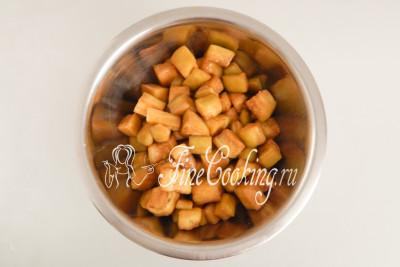 Баклажаны жареные в яичках с помидорами - рецепт пошаговый с фото