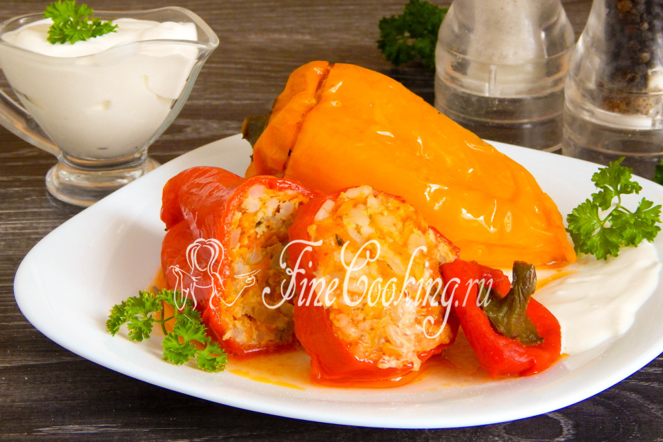 Фаршированный перец с мясом и сырым рисом