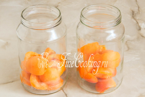 Компот из абрикосов на зиму. Шаг 3