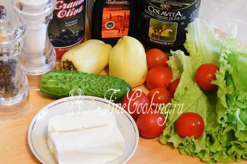 Салат греческий с брынзой. Шаг 1