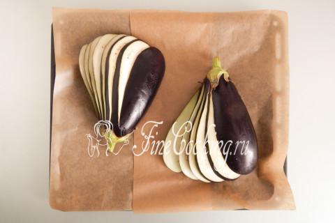 Веер из баклажанов с помидорами и сыром. Шаг 6