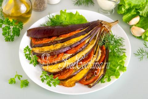 Веер из баклажанов с помидорами и сыром. Шаг 10